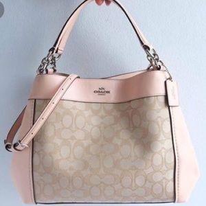 HP• Coach Small Lexy Handbag